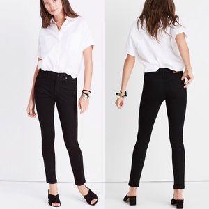 """Madewell Black 9"""" Mid-Rise Skinny Skinny Jeans"""